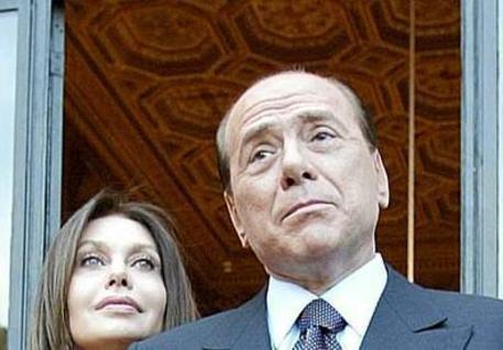 Berlusconi, assegno da 1,4 mln al mese a Veronica Lario