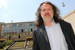 Il presidente di Stamina Foundation, Davide Vannoni, davanti la sede dell'Istituto Superiore di Sanità a Roma, 12 luglio 2013.         ANSA / ETTORE FERRARI