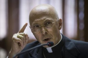 The President of the Italian Bishops' Conference (CEI), Cardinal Angelo Bagnasco, speaks during a press conference at the end of the 68th Italian Episcopal Conference at the Vatican, 21 May 2015. ANSA/ANGELO CARCONI