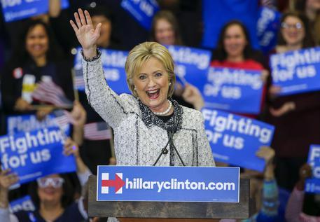 Clinton achieves win in South Carolina