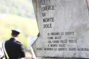 Un momento delle celebrazioni per la ricorrenza del 25 aprile a San Martino di Monte Sole (Bologna), sulle colline di Marzabotto, 25 aprile 2014. ANSA/ GIORGIO BENVENUTI