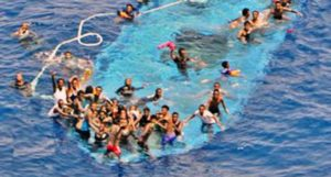 Migranti naufraghi