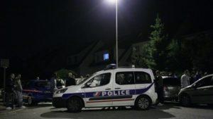 Coppia di poliziotti uccisi Parigi