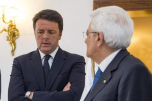 Il Presidente della Repubblica Sergio Mattarella con il Presidente del Consiglio Matteo Renzi in occasione del prossimo Consiglio Europeo, Roma, 27 giugno 2016 ANSA/FRANCESCO AMMENDOLA UFFICIO STAMPA QUIRINALE (Ufficio per la Stampa e la Comunicazione della Presidenza della Repubblica) +++ ANSA PROVIDES ACCESS TO THIS HANDOUT PHOTO TO BE USED SOLELY TO ILLUSTRATE NEWS REPORTING OR COMMENTARY ON THE FACTS OR EVENTS DEPICTED IN THIS IMAGE; NO ARCHIVING; NO LICENSING +++