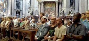Musulmani im chiesa