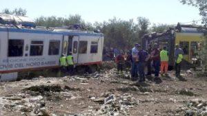 Disastro Andria rottami treni