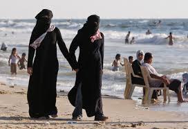 Burkini in spiaggia