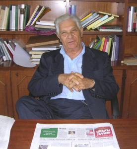 Lo scrittore Ermanno Rea in una foto di archivio. ANSA