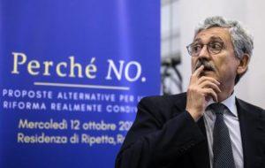 Massimo D'Alema durante il convegno per No al referendum al residence Ripetta, organizzato dalle fondazioni Magna Charta e Italianieuropei, Roma, 12 ottobre 2016. ANSA/ ANGELO CARCONI