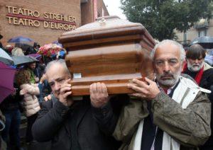 Funerali Dario Fojpg