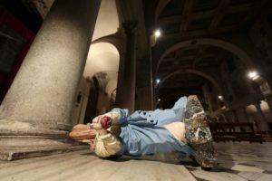 Statue danneggiate Roma
