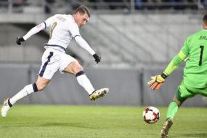 epa05628812 Italy's Andrea Belotti scores the 0-4 lead during the Fifa World Cup 2018 group G qualification soccer match between Liechtenstein and Italy in Vaduz, Liechtenstein, 12 November 2016.