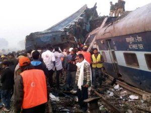Treno deragliato India