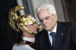 Il presidente della Repubblica Sergio Mattarella in una foto di archivio ANSA/ANGELO CARCONI