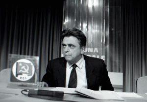 TV: 50 ANNI TRIBUNE POLITICHE, UN PEZZO DI STORIA ITALIA/ SPECIALE Il segretario del Pci, Achille Occhetto, nel 1990. E' l'ultima tribuna col vecchio simbolo del Pci. Pochi mesi, dopo, la quercia del Pds sostituira' falce e martello. Bef
