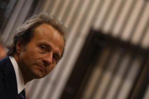 Il pm Henry John Woodcock in un momento dell'udienza nei confronti dell'ex premier Silvio Berlusconi e dell'ex direttore de L'Avanti Valter Lavitola, Napoli, 8 luglio 2015. ANSA/CESARE ABBATE