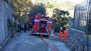 Incendio in casa a Ventimiglia, un morto