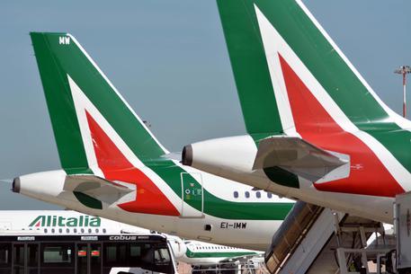 Alitalia:Bellanova, azienda apra tavolo su contratto