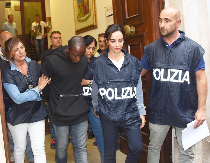Stupri Rimini: preso quarto componente branco