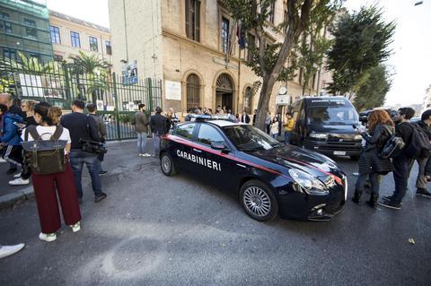 Istituto Santa Maria Roma suicidio