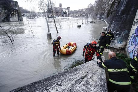 Roma:se esonda Tevere 28mld danni, ma diga salverà città