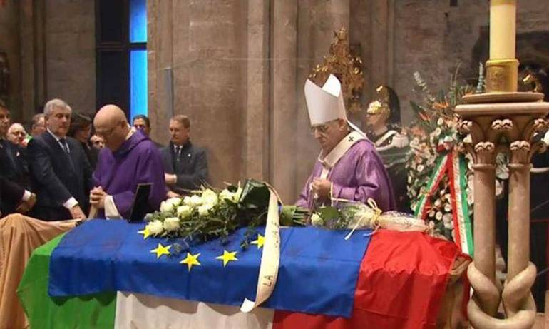 Funerali-Megalizzi-a-Trento-mons.-Tisi-Violenza-cieca-e-assurda-contro-giovane-che-sognava-Europa-senza-confini_articleimage