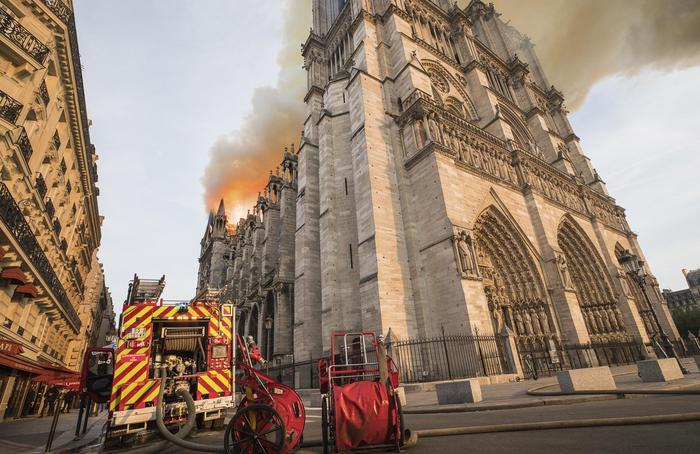 Notre-Dame: Parigi, per il restauro ci vorranno anni