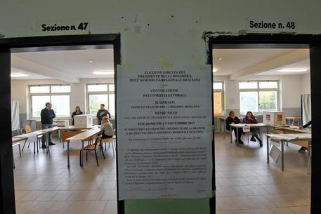 Sicilia: alle 12 ha votato 10,8%, lieve calo