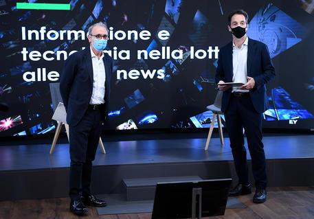 Informazione e tecnologia nella lotta alle fake news