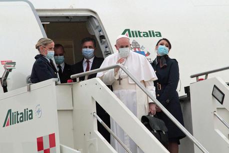 Papa: in volo verso Baghdad