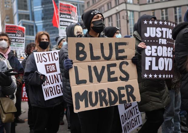 Condanna poliziotto per Floyd